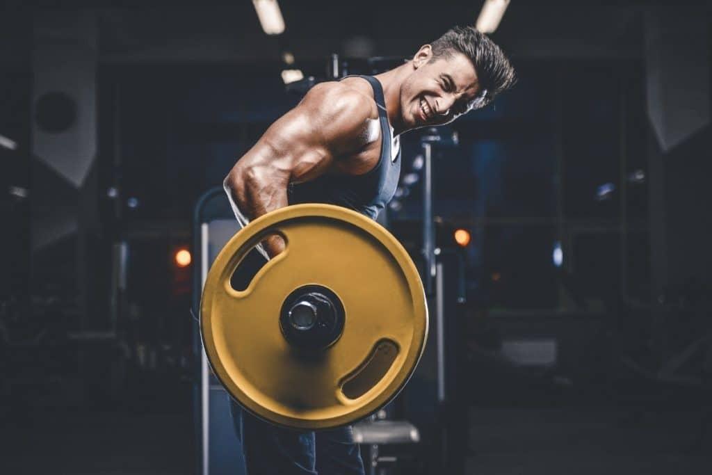 Powerlifting vs. Bodybuilding