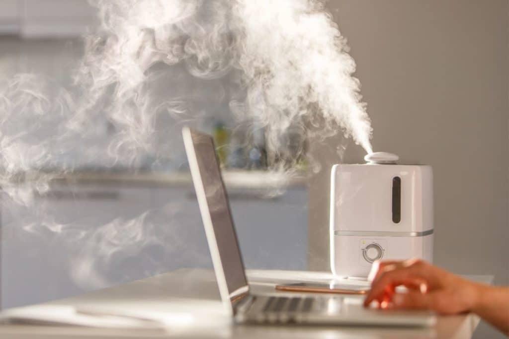 Using a Humidifer vs Dehumidifier at work