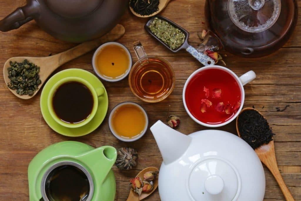 White Tea vs Green Tea Benefits