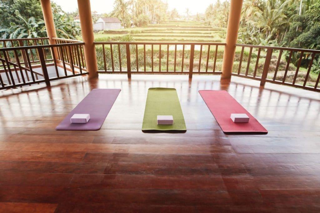 Travel Yoga destination using best yoga mats for travel