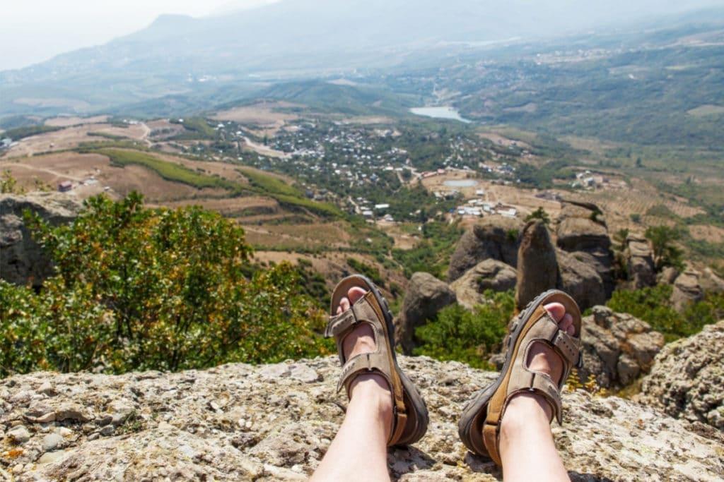 best mens sandals for walking